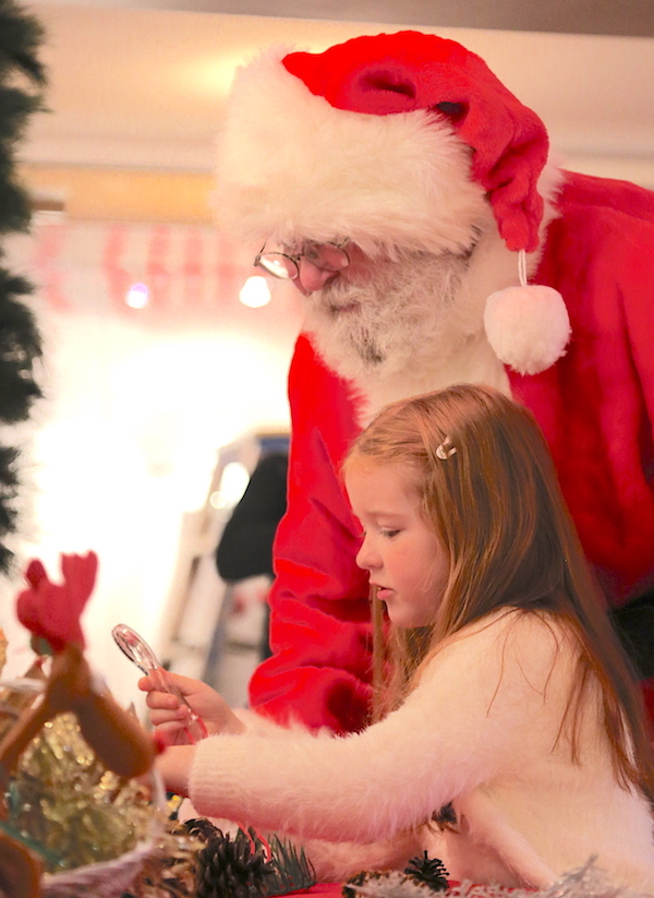 Santa and girl doing crafts SMALL 300KB